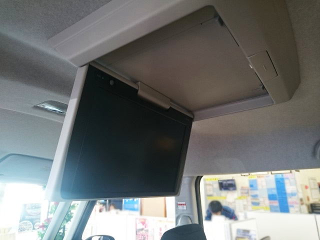 ルーミーの車内テレビ